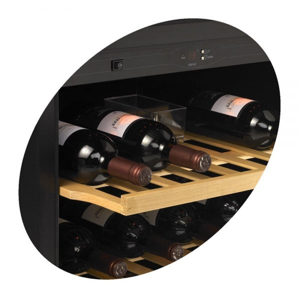police za vinsku vitrinu