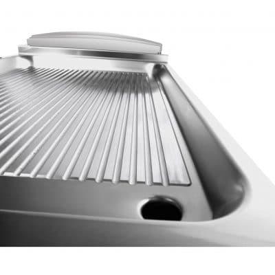 profesionalni plinski roštilj rebrasta hromirana ploča